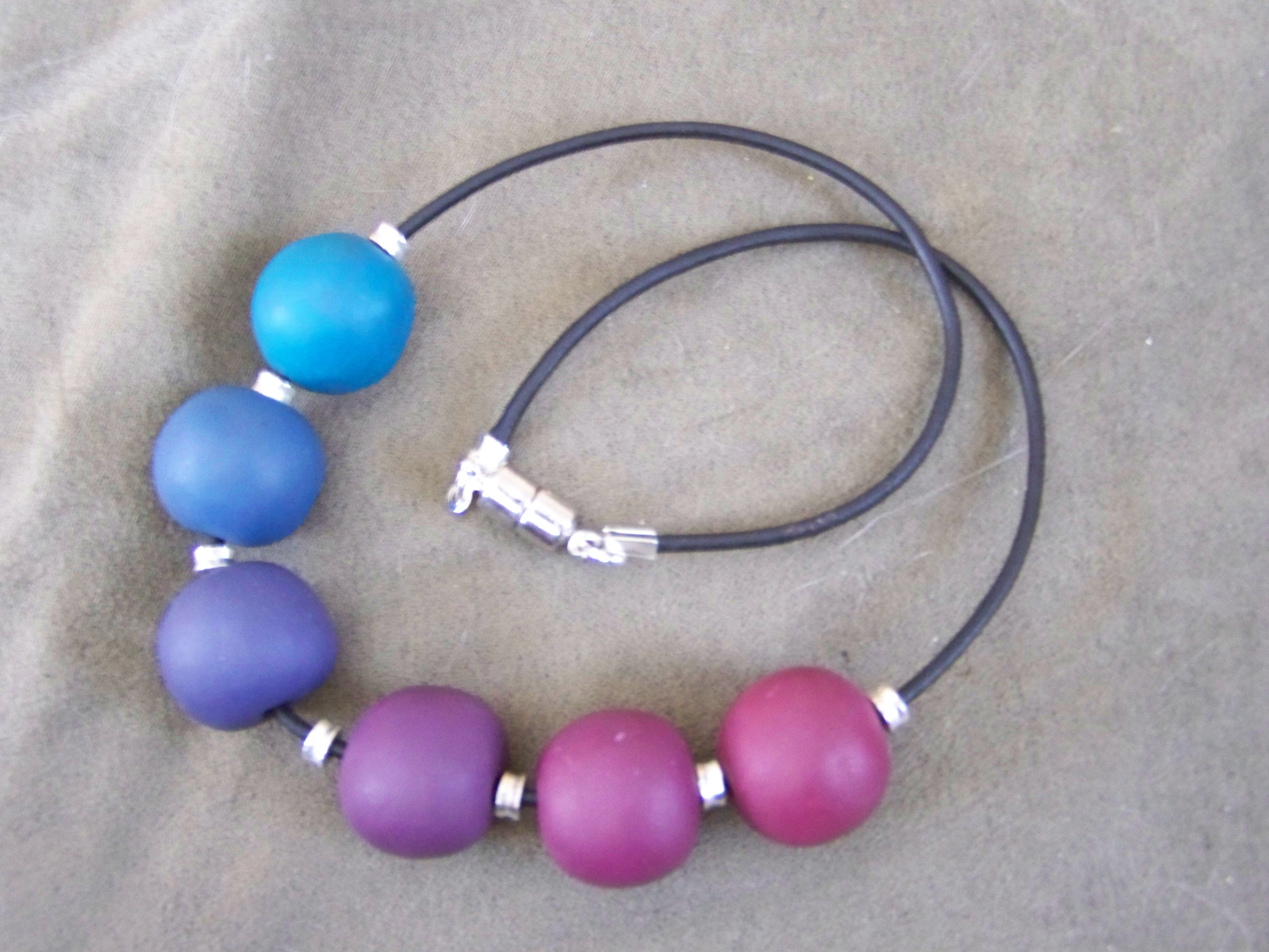 Gradient Necklace