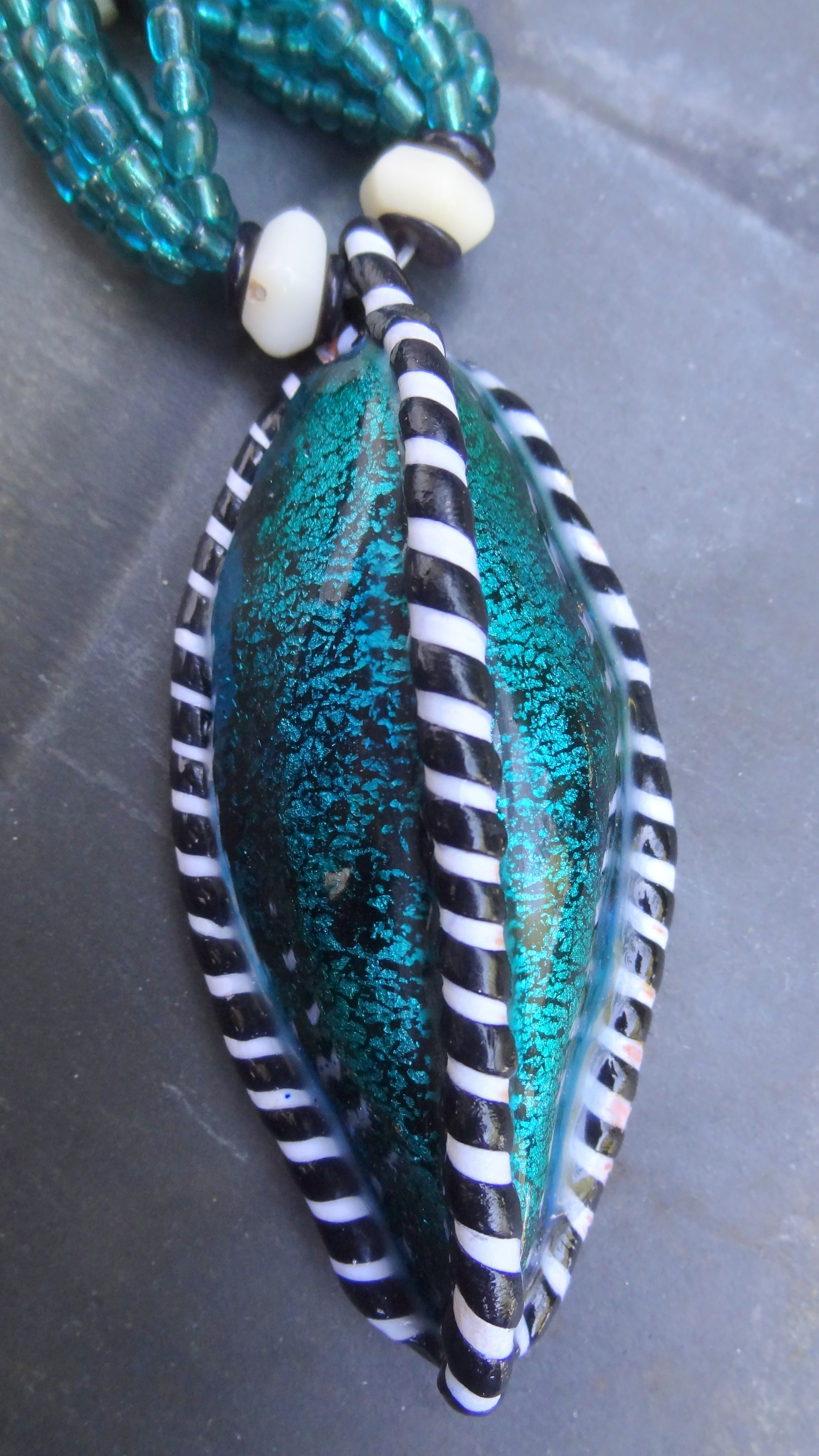 Turquoise Ribbed Pod